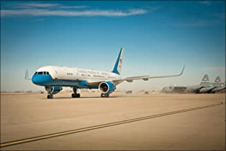20x30 Poster; Air Force Two Lands At The Kentucky Air National Guard Base In Louisville, Ky