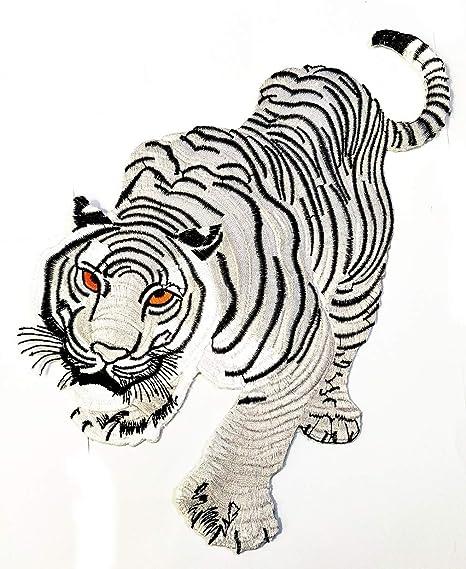 Amazon Com Big Jumbo White Tiger Animal Zoo Cartoon Patch Embroidered Badge Iron On Sew On Patch Diy Logo Jacket Vest Shirt T Shirt Fashion Costume 11