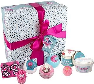 Bomb Cosmetics - Paquete de regalo hecho a mano, cesta de cuidados
