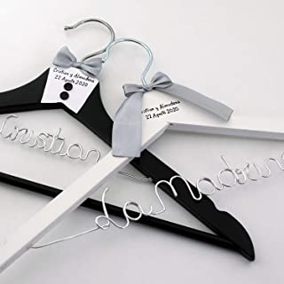 Pack de 2 perchas personalizadas para novios, perchas de madera para bodas, regalo de bodas para novios, perchas personali...