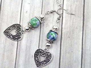 Orecchini da donna in perle di giada colorate blu e verde e pendente in filigrana a forma di cuore