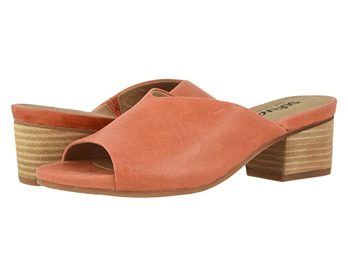 SoftWalk  Parker (Coral) Womens Shoes