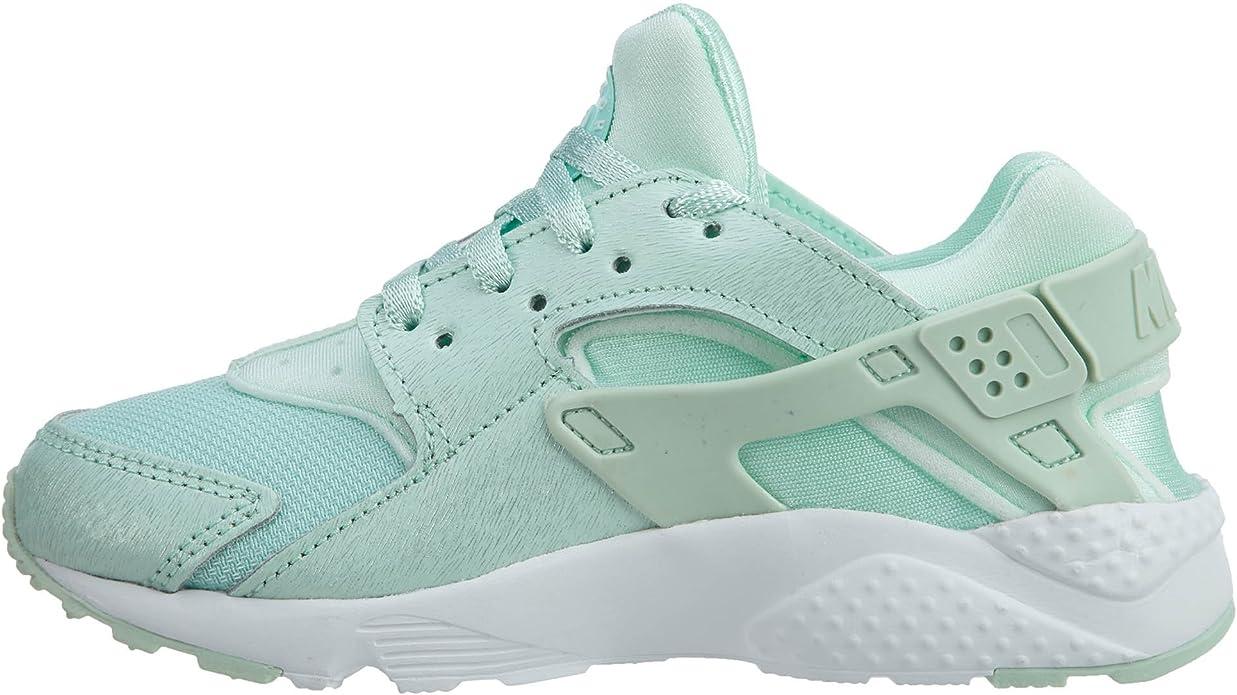 Nike Girl's Huarache Run SE Running Shoe