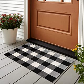 100% Cotton Buffalo Plaid Rug 24'' x 35'', KIMODE Black/White Hand-Woven Checkered Welcome Door Mat, Washable Floor Rugs for Porch Kitchen Bathroom Laundry Living Room Braided Throw Mat