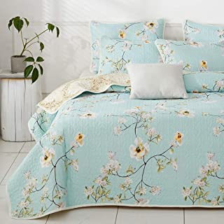 Joyreap 3 Pieces Reversible Quilt Set, Microfiber Soft Smooth Quilt, Elegant Flower Design Bedspread, Lightweight Bed Cover for All Season, 1 Quilt and 2 Pillow Shams (Floral,King)
