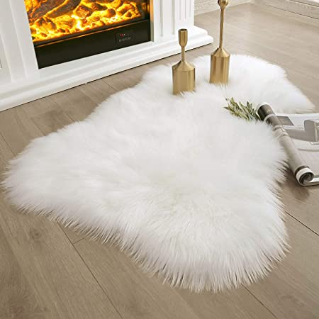 Amazon Com Hlzhou Soft Faux Fur Rug White Sheepskin Chair Cover Seat Pad Shaggy Area Rugs For Bedroom Sofa Living Room Floor 2 X 3 Feet 60 X 90 Cm White Kitchen Dining