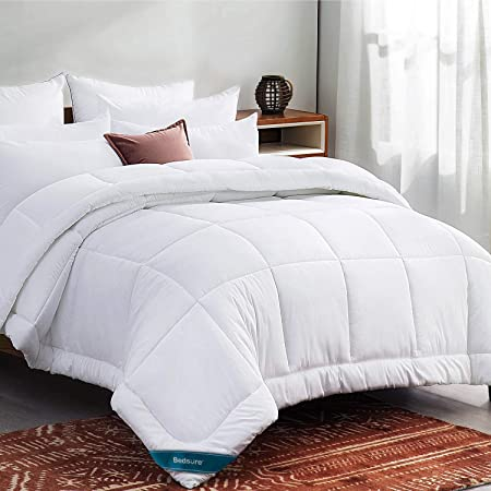 Bedsure Duvet Insert Twin Comforter White - All Season Quilted Down Alternative Comforter for Twin Bed, 300GSM Mashine Washable Microfiber Bedding Comforter with Corner Tabs