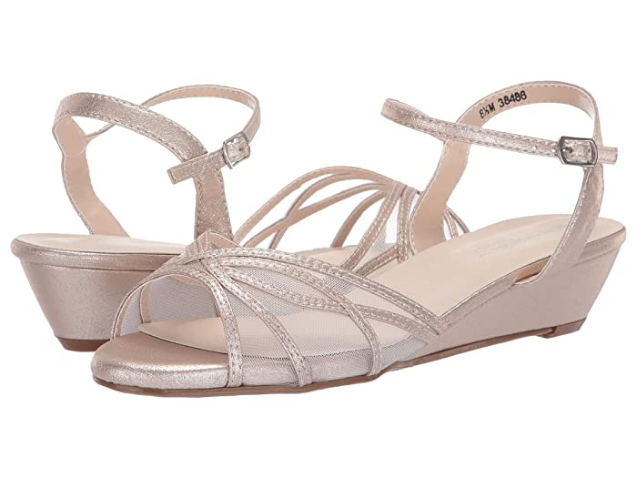 Vintage Wedding Shoes, Flats, Boots, Heels Touch Ups Desi Nude Womens Shoes $62.00 AT vintagedancer.com