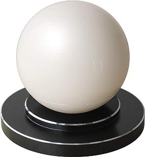 商品名:楽人球(らくときゅう):インテリアにもなるスタイリッシュな指圧器。光沢のある大きな球体。美しさと指圧の実力を兼ね備えた全く新しいタイプの指圧器。筋肉のこりをほぐし、リラックスできる。 【 すごく効く理由→一点圧により指圧位置の微調整が可能。大きな球体(直径75mm)により身体にゆるやかに当たる。硬い球体により指圧部位にしっかり入る。球体と台座が分離することにより、頭、首、肩、背中、腰、胸、腹、お尻、太もも、ふくらはぎ、すね、足裏、腕、身体の前面も背面も指圧部位ごとに使いやすい形状と使用方法(おす?さする?もむ?たたく)を選択可能。】楽人球の「特徴?使用方法?使用上のご注意」に関しての詳細は株式会社楽人のホームページへ→「楽人球」で検索。指圧 指圧器 指圧代用器 整体 マッサージ マッサージ器 ツボ押し ツボ押しグッズ つぼおし つぼ押し 肩こり 腰痛 こりほぐし インテリア