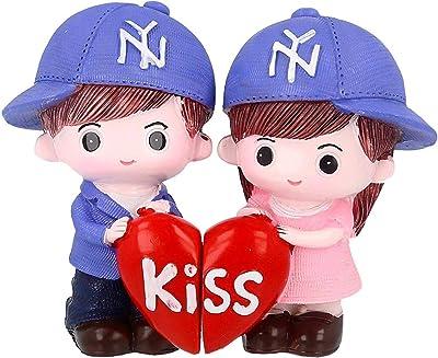 FABZONE Valentine Romantic Love Couple Showpiece with Holding Kissing Heart | Multicolored (Size - 14cm X 6cm X 10cm)