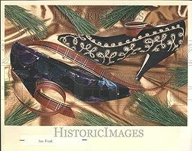 Historic Images - 1989 Press Photo Lord Taylor Velvet SEATO Meucci Heels