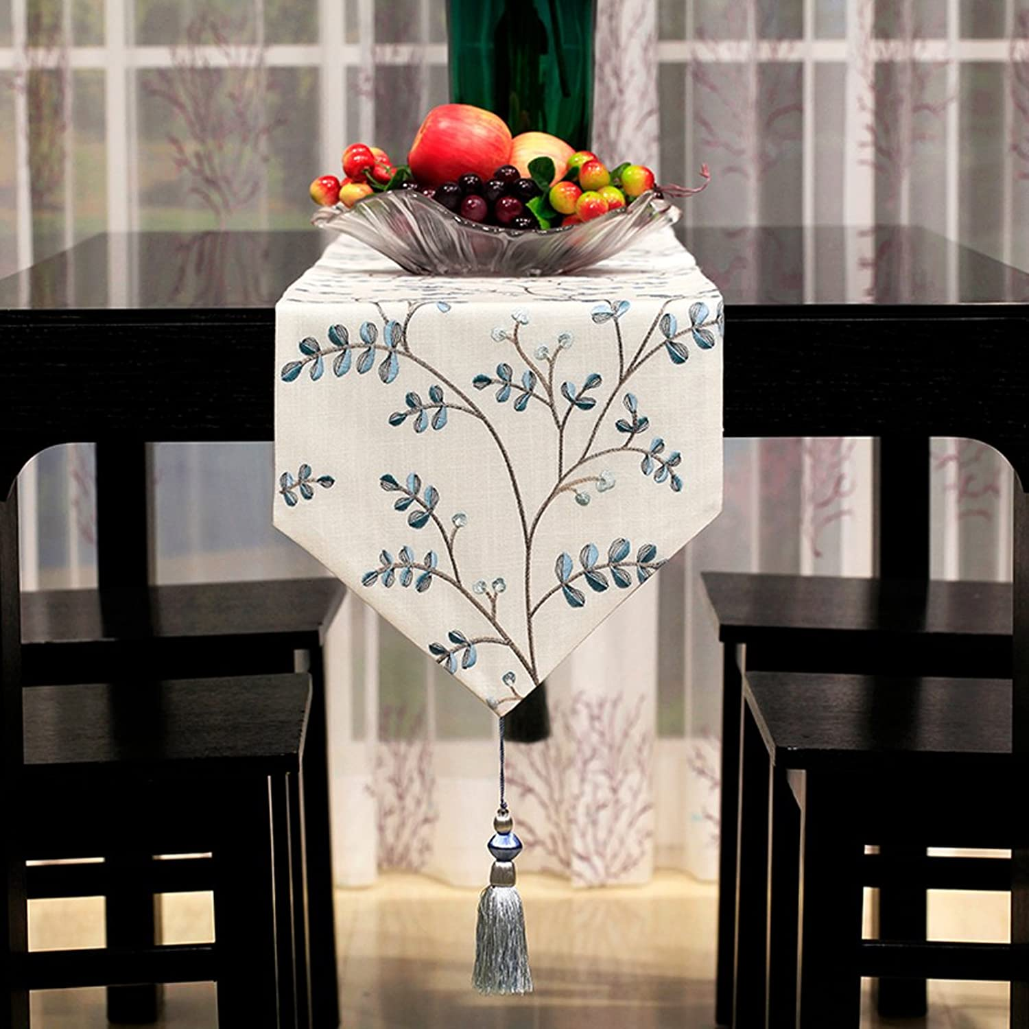 TABLE RUNNER European style classical High quality cotton and linen Exquisite embroidery Table flag luxurious table cloth classic Wild Table mats coffee table decoration Home furnishings Bed towel