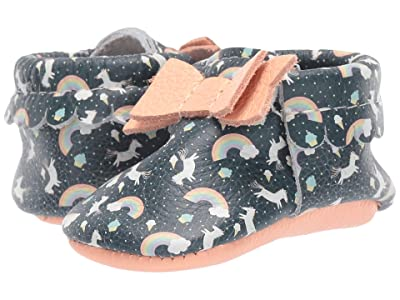Freshly Picked Rainbows Unicorns Bow Mocc (Infant/Toddler) (Peach/Navy/White) Girl