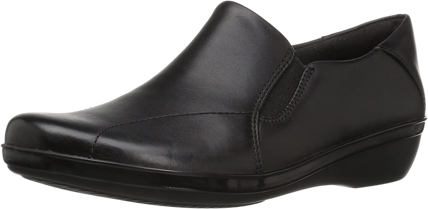 Clarks Women's Everlay Danika Loafers