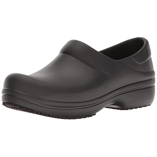 a5f279035a887 Women s Nursing Shoes  Amazon.com