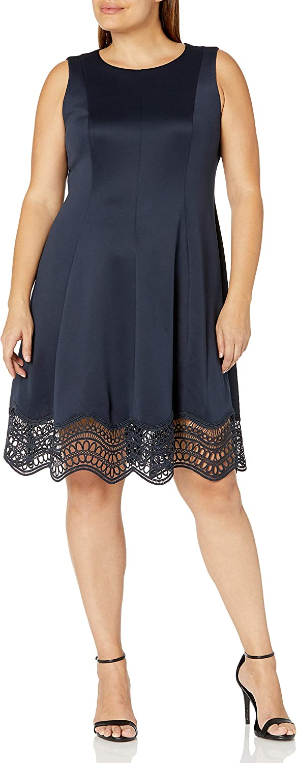 Jessica Howard Women's Sleeveless Seamed Fit and Flare Dress with Lace Trim