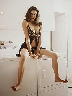 70d1dce5b Teri Hatcher sexy hot posing on washing machine 8 inch x 10 inch PHOTOGRAPH