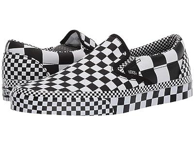 Vans Classic Slip-Ontm ((All Over Checkerboard) Black/True White) Skate Shoes