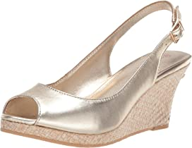378d11d9ff6 Lilly Pulitzer Kristin Wedge   Zappos.com