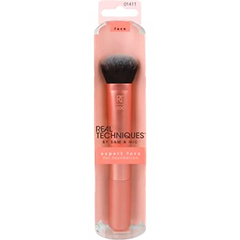 Real Techniques Professional Foundation Makeup Brush, For Even Streak Free Application, Packaging May Vary