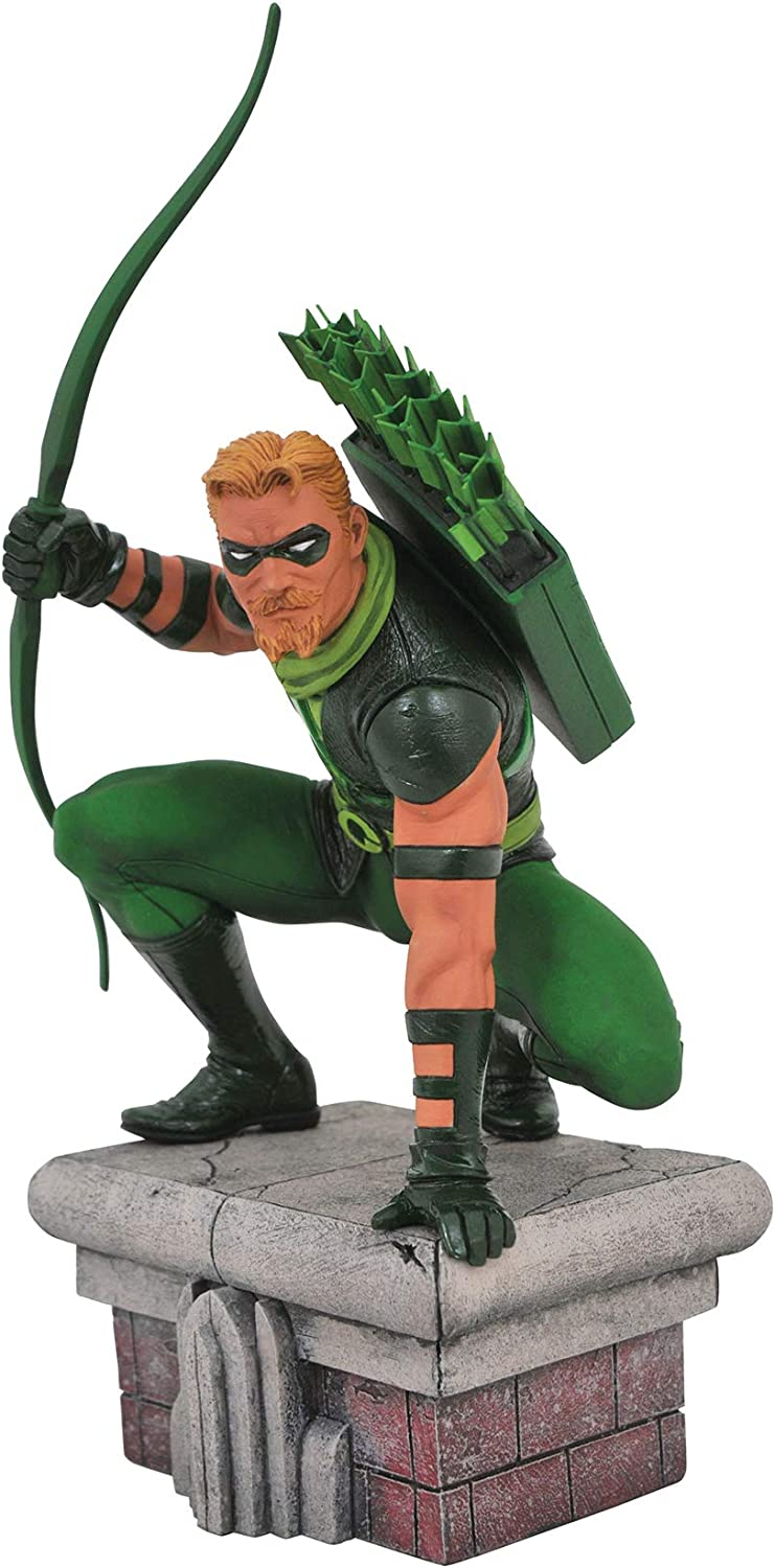 DIAMOND SELECT TOYS DC Gallery  Green Arrow PVC Figure