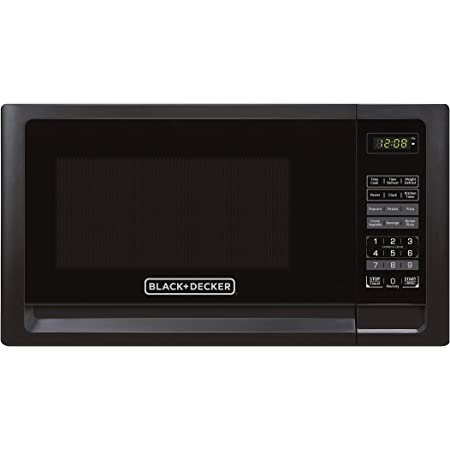 Black+Decker EM720CFO-PMB 0.7 Cu. Ft. Digital Microwave