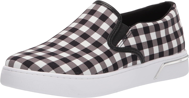GUESS Women's Relize2 Sneaker