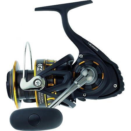 "Daiwa BG2500 BG Saltwater Spinning Reel, 2500, 5.6: 1 Gear Ratio, 6+1 Bearings, 33.20"" Retrieve Rate, 13.20 lb Max Drag,Black/gold"