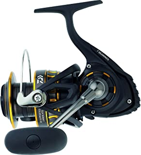 "Daiwa BG2500 BG Saltwater Spinning Reel, 2500, 5.6: 1 Gear Ratio, 6+1 Bearings, 33.20"" Retrieve..."
