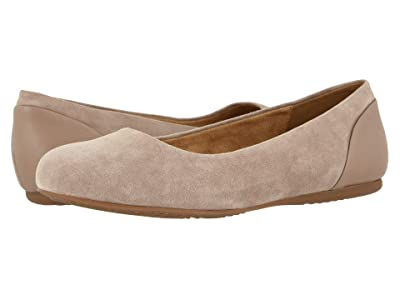 SoftWalk Sonoma (Taupe) Women