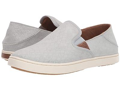 OluKai Pehuea Leather (Pale Grey Kapa/Pale Grey) Women