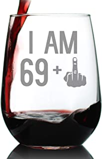 69 + 1 Middle Finger - 70th Birthday Stemless Wine Glass for Women & Men - Cute Funny Wine Gift Idea - Unique Personalized Bday Glasses for Mom, Dad, Friend Turning 70 - Drinking Party Decoration