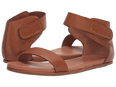 Gentle Souls by Kenneth Cole Break Even Sandal (Cognac) Women