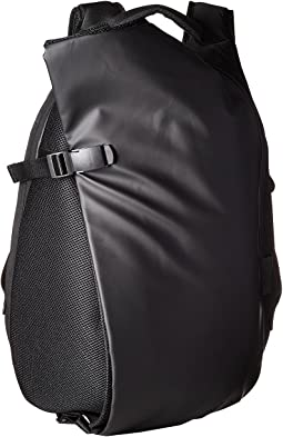 Isar Obsidian Medium Backpack