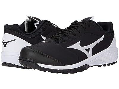 Mizuno Dominant 3 All Surface Turf Shoe (Black/White) Women