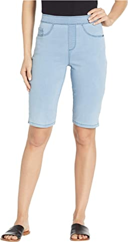 D-Lux Denim Pull-On Bermuda in Chambray