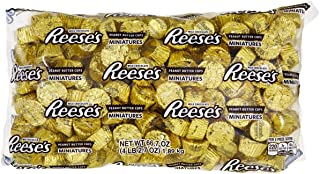 REESE'S Peanut Butter Cup Miniatures, Gold Halloween Chocolate Candy, 66.7 Ounce Bulk Bag (About 205 Pieces)