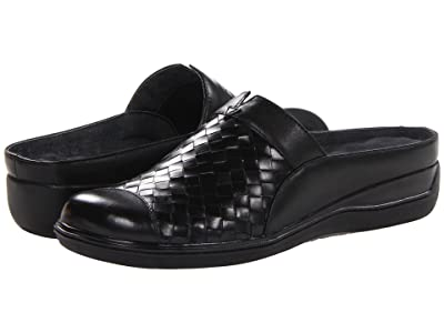 SoftWalk San Marcos (Black Burnished Veg Leather) Women
