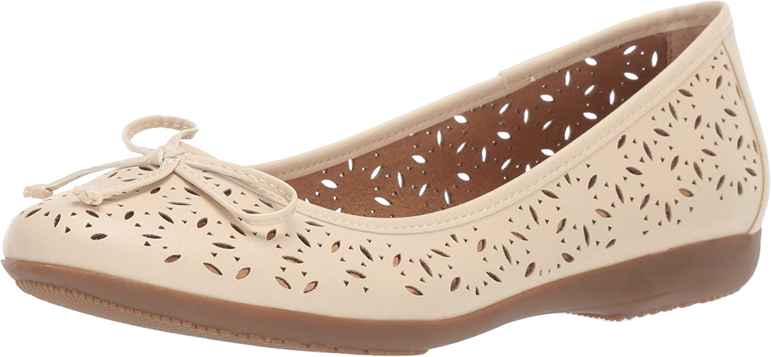 Cliffs by White Mountain Womens Cate Ballet Flat