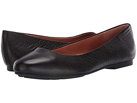 caed2452c7 Gentle Souls by Kenneth Cole Eugene Ballet at Zappos.com