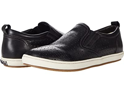 Taos Footwear Court