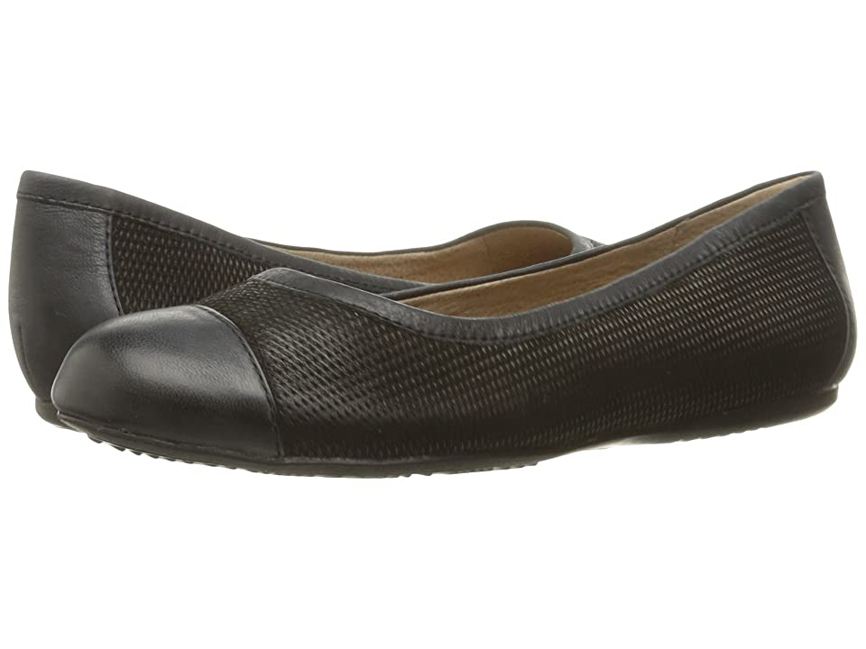 SoftWalk Napa (Black Nubuck Embossed Leather) Women