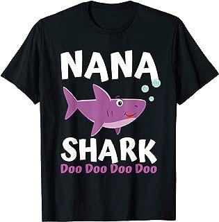 Mothers Day Gift Idea For Mom Grandma Her Nana Shark Doo Doo T-Shirt