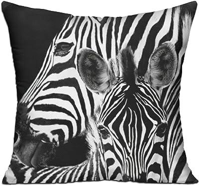 Amazon.com: Torre & Tagus 901940 Impreso Cojín con Zebra ...
