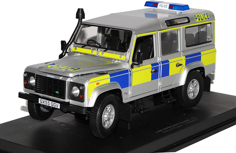 Universal Hobbies Land Rover Defender 110 Silber Police Polizei UK 5 Türer 1 18 Modell Auto mit individiuellem Wunschkennzeichen