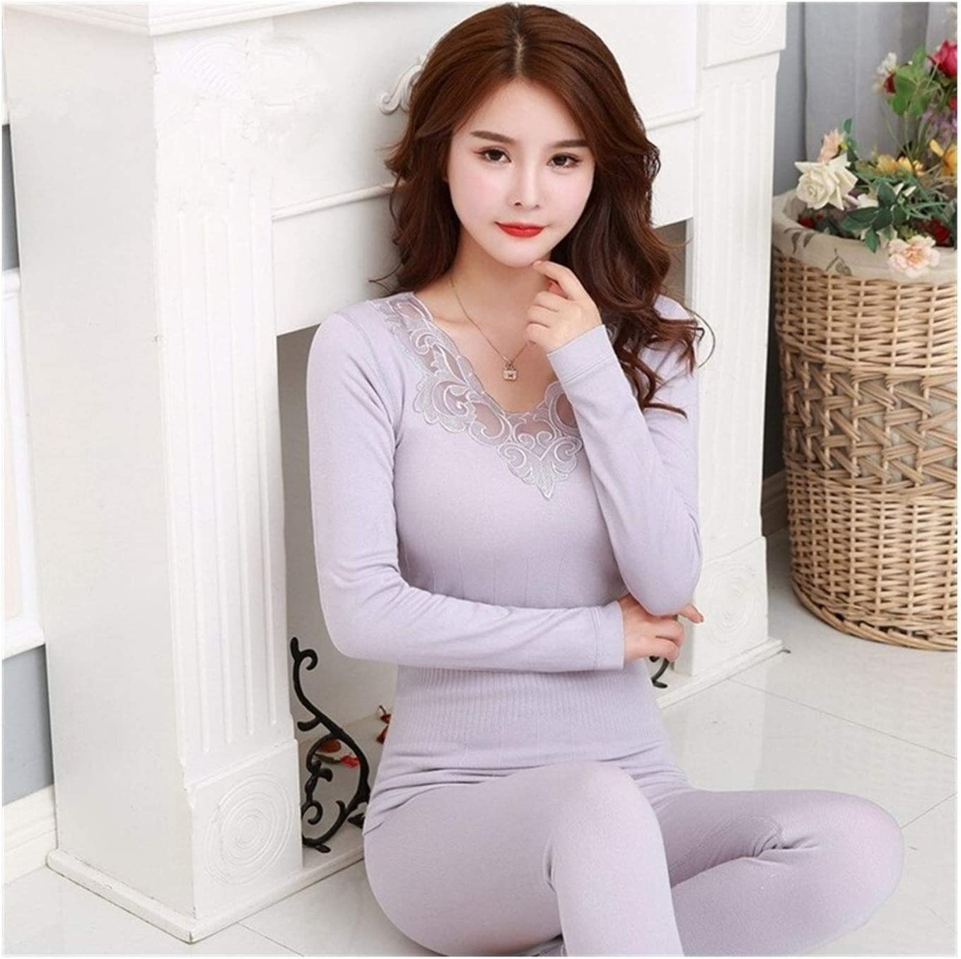 QWERBAM Thick Warm Underwear Women V-Neck Embroidery Set Elegant Slim Black Thermal Clothes Female Winter Suit (Color : Gray, Size : One Size)