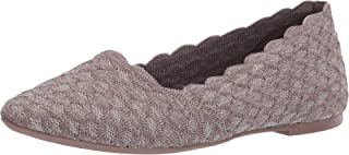 حذاء باليه مسطح من Skechers نسائي ذو صدفي مكشكش