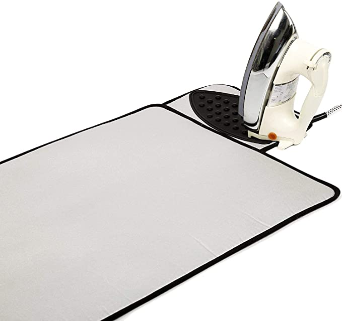 1419 opinioni per Encasa Homes Ironing Mat/Pad- Argento Metallico (Grande 50 x 70 cm) con 5 mm di