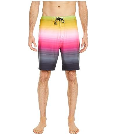Hurley 20 Phantom Spray Blend Boardshorts (Laser Orange) Men
