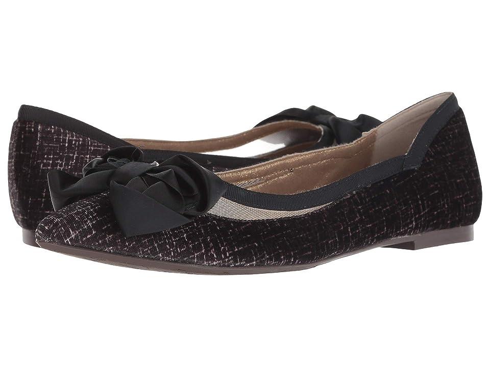 J. Renee Allitson (Taupe/Black) High Heels